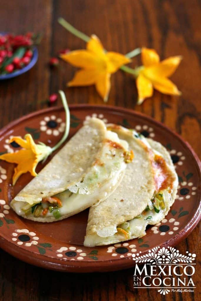 quesadillas de flor de calabaza |Recetas Mexicanas
