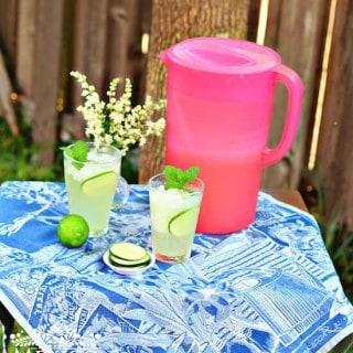 Agua Fresca de Pepino con Limón