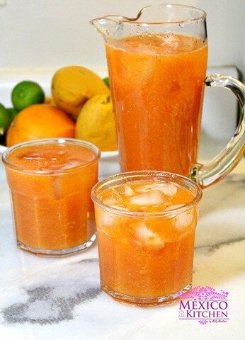 Agua de papaya, disfruta esta refrescante bebida