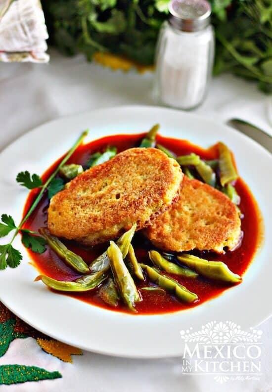 Receta tortitas de camarón en salsa roja │Recetas Mexicanas