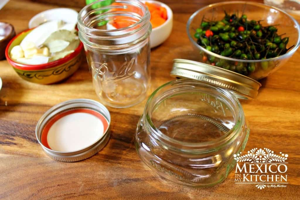 frascos de vidrio para los Chile de Monte En Vinagre