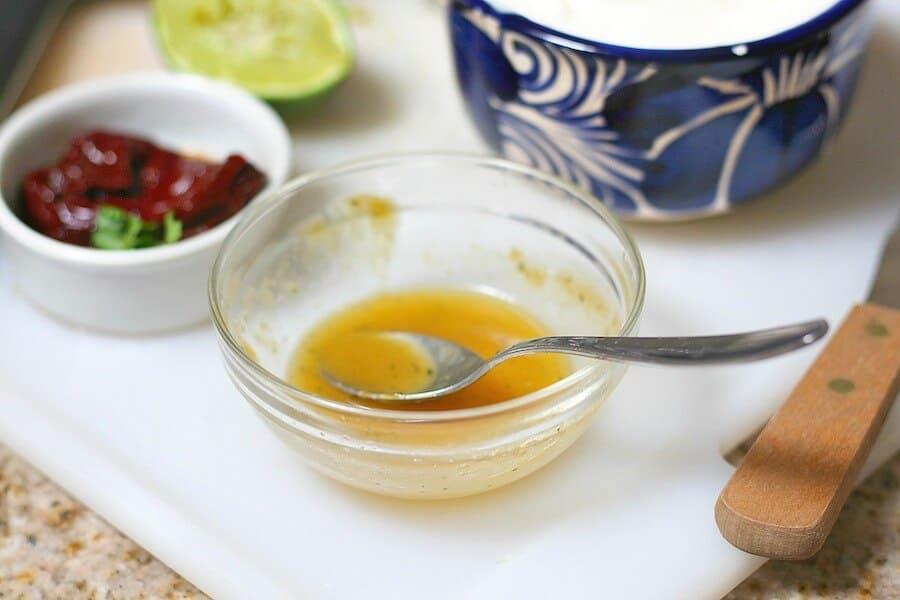 Dip cremoso de Chipotle, disfruta de esta deliciosa receta