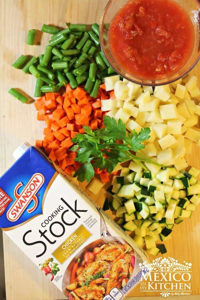 sopa de verduras mexicana, tutorial paso a paso