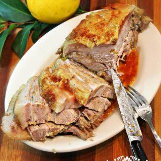 Pierna de cerdo al horno estilo Yucateco