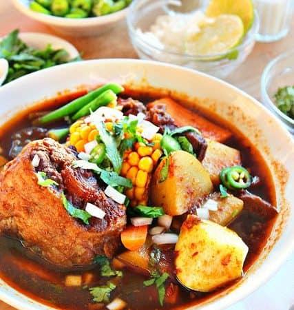 Mole de Olla, una deliciosa sopa para disfrutar todo el año