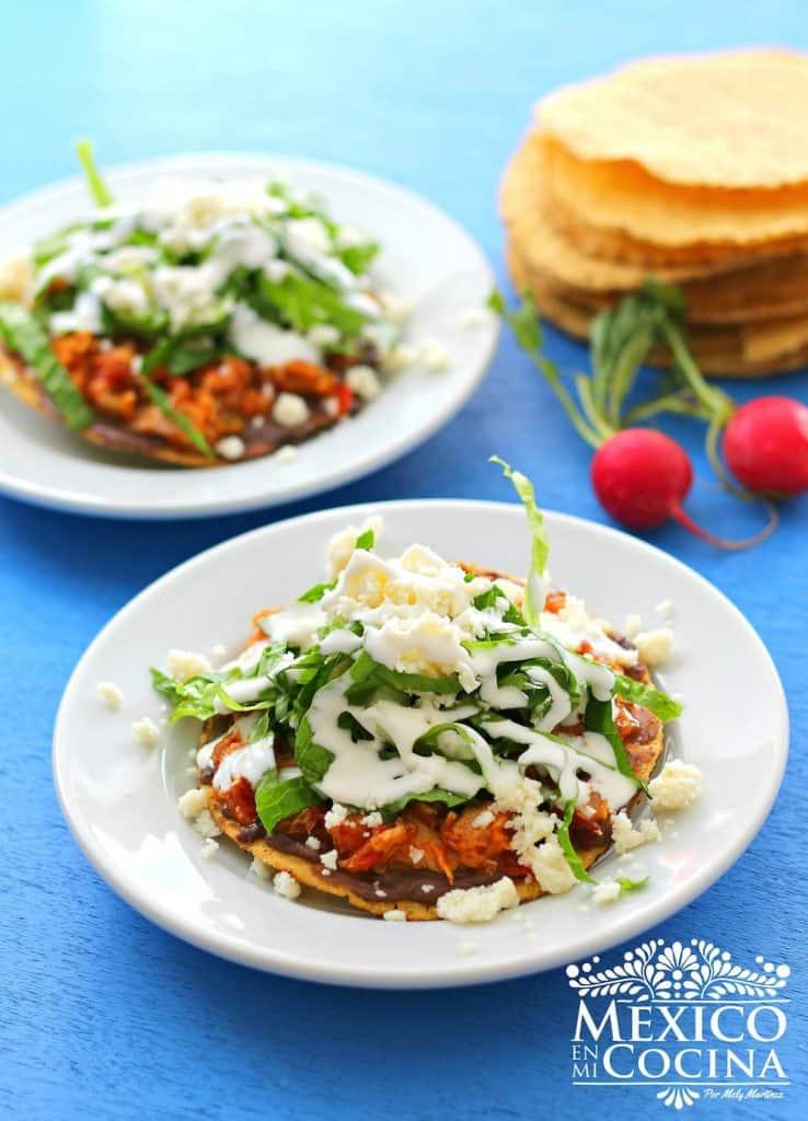 Tinga de atún tostadas | recetas de cocina mexicana