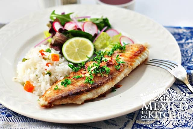 Filetes de pescado al mojo de ajo │comida mexicana