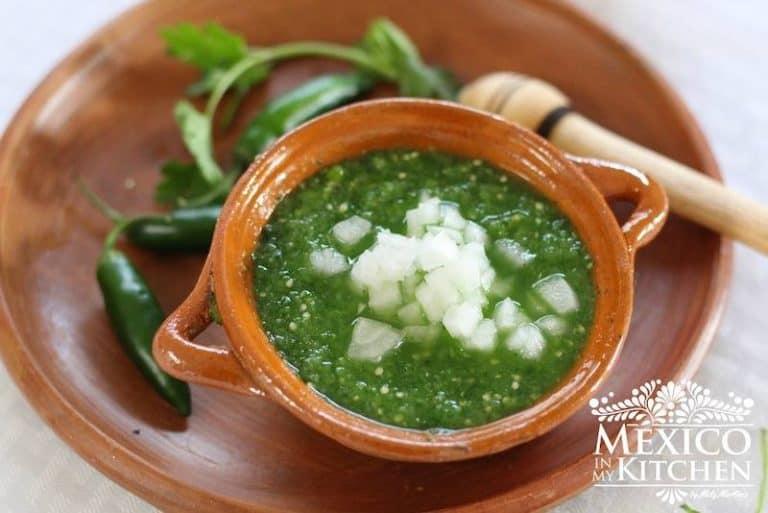 Salsa verde cruda │Recetas de comida mexicana
