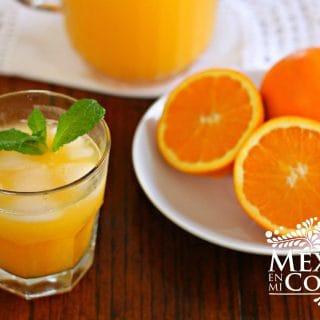 Agua fresca de naranja