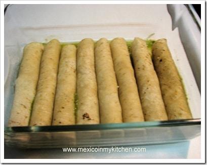 Enchiladas Verdes Suizas │ Recetas de comida mexicana