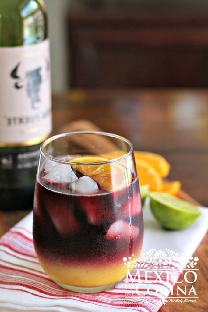 Sangria receta - 3Deliciosa sangria de vino tinto y jugo de naranja. Receta sencilla y rápida.