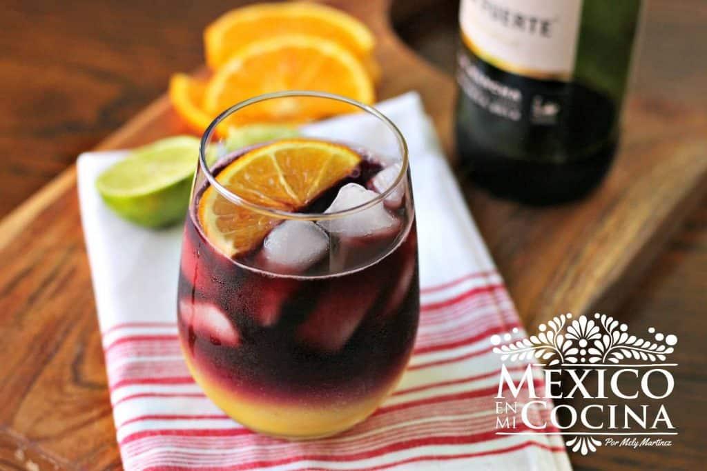 sangria receta - 2 Receta Mexicana Deliciosa sangria de vino tinto y jugo de naranja. Receta sencilla y rápida.