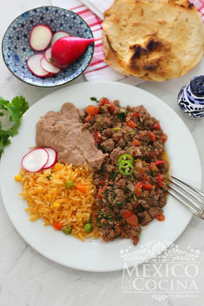 Receta f cil con carne molida prep rala siguiento estas for Comidas faciles de cocinar