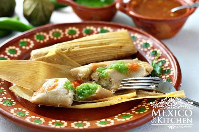Tamales de pollo en salsa verde │Recetas navideñas mexicanas