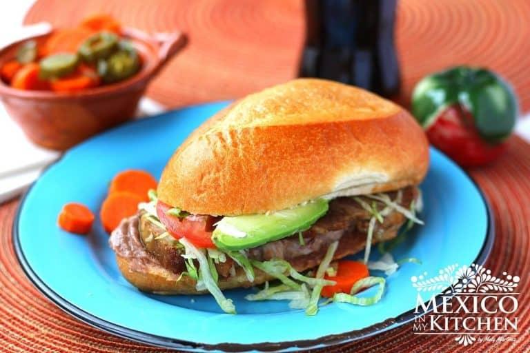Recetas de comida mexicana, torta de pierna de cerdo