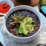 Sopa de frijol negro mexicana