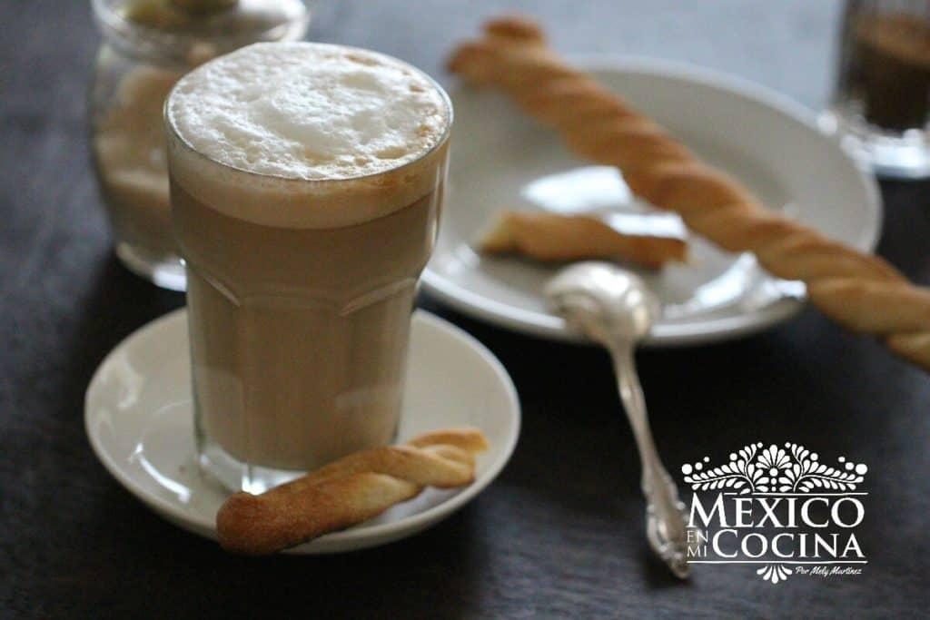Disfruta de este cafe lechero - cafe con leche