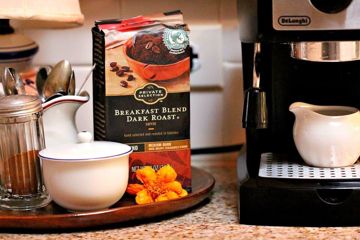 Ingredientes para preparar café con leche