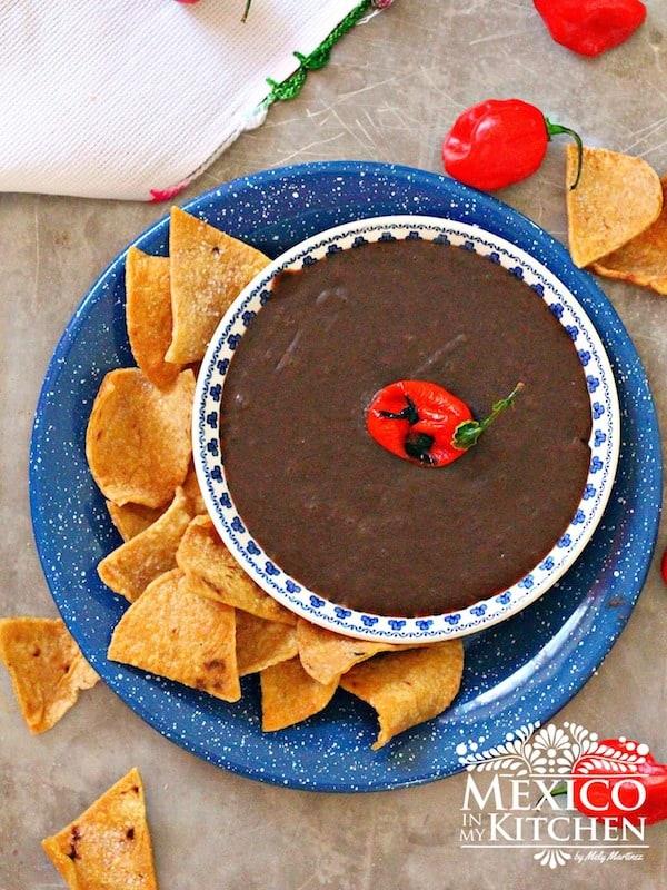 Receta de Frijoles Refritos de Yucatán, comida mexicana