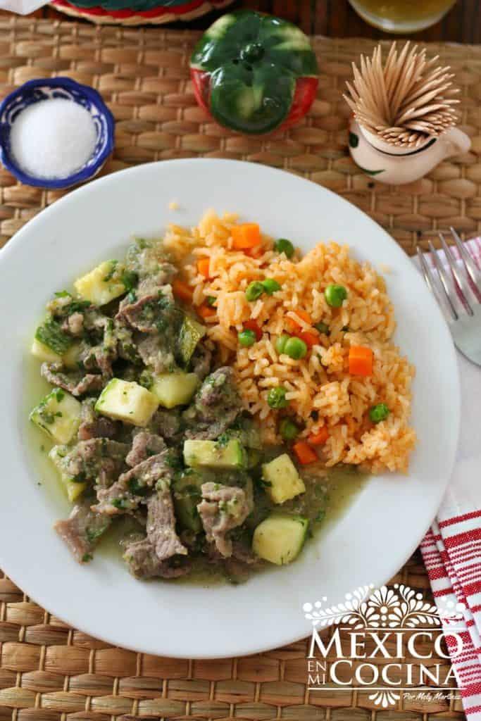 bisteces en salsa verde receta