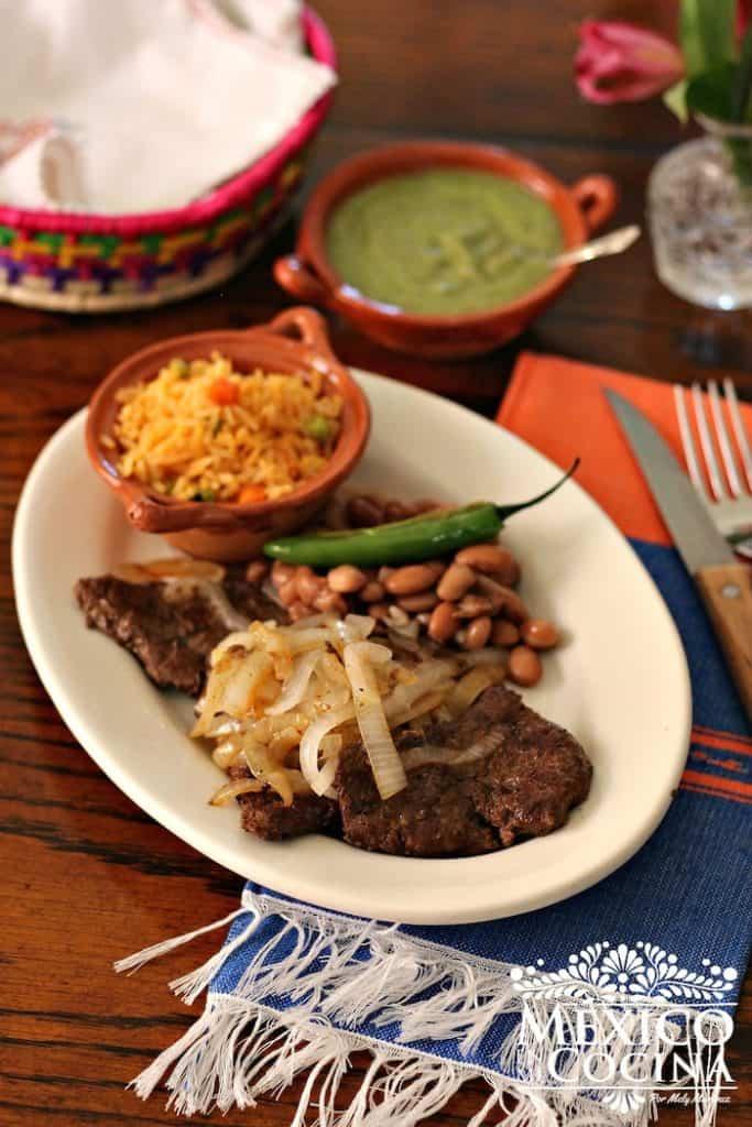 Hígado encebollado receta de México