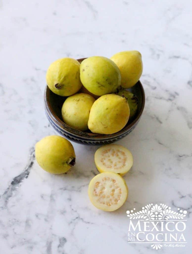 Guayabas amarillas mexico